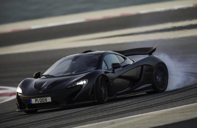 McLaren P1-drifting