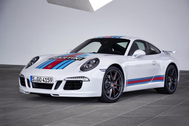 Porsche 911 Martini Racing Edition-white