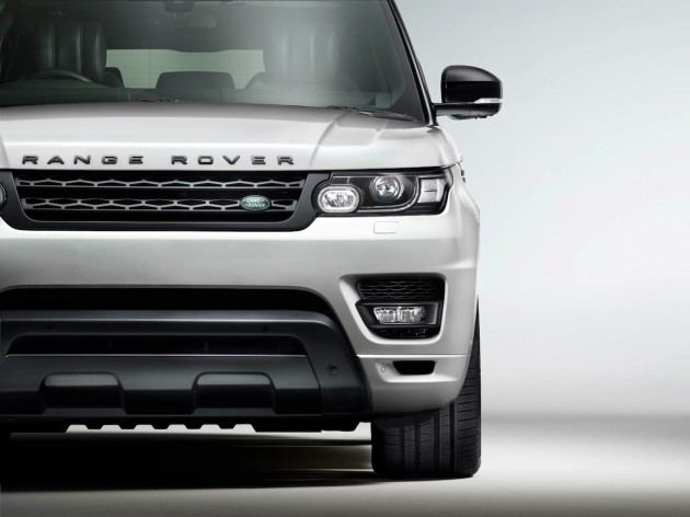Range Rover Sport Stealth Pack exterior
