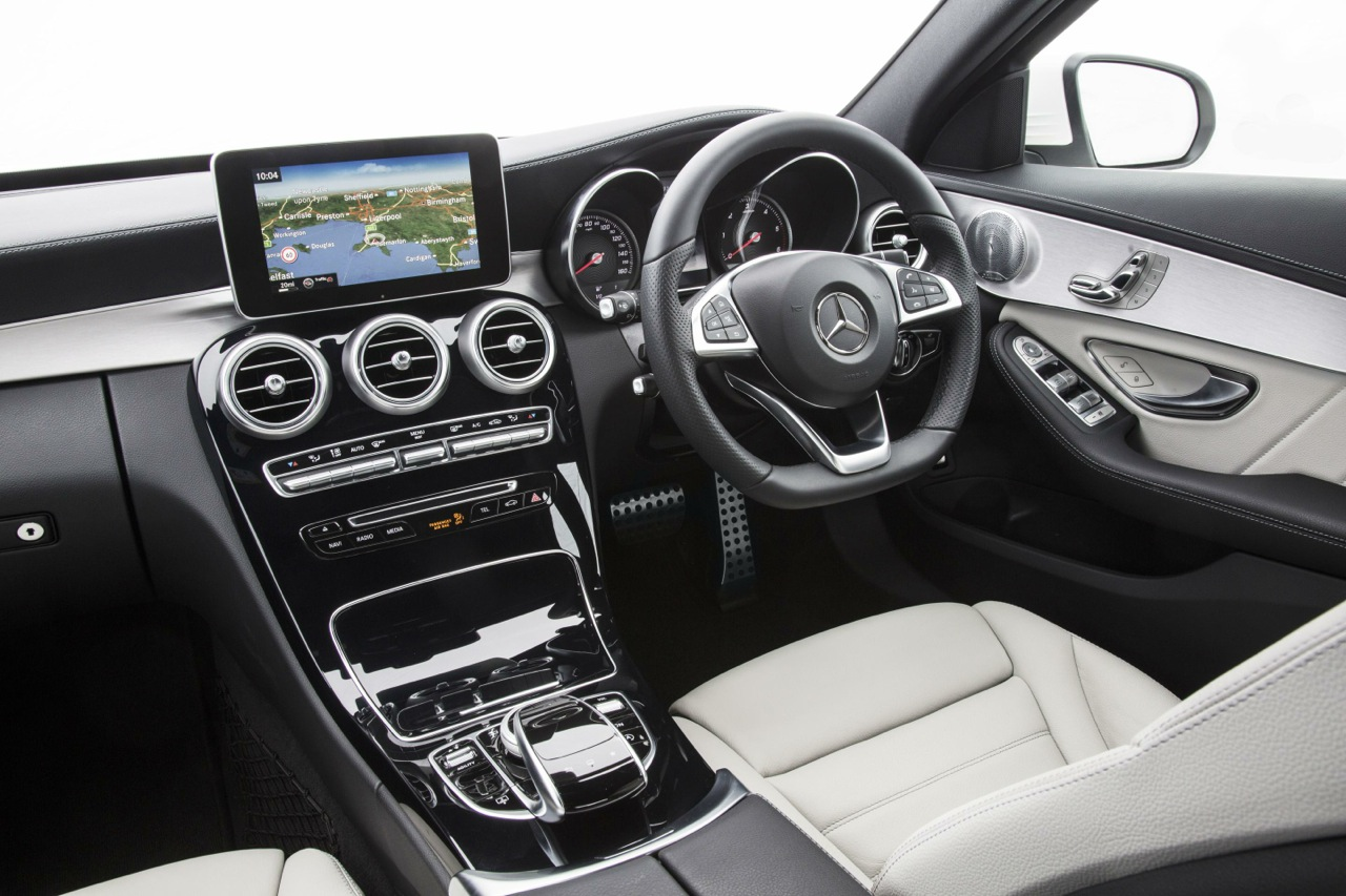 Mercedes benz c class interior 2014 for Mercedes benz 2014 c class