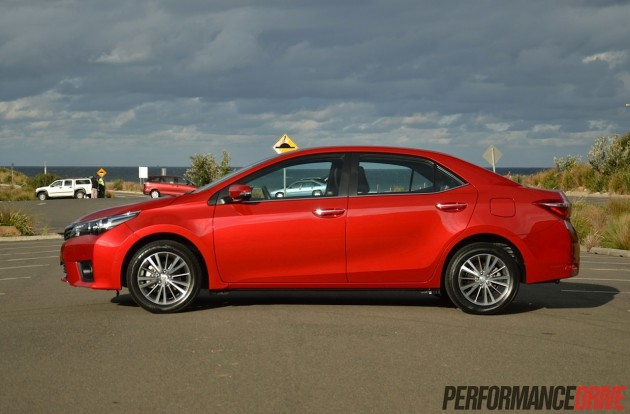 2014 Toyota Corolla ZR sedan-doors