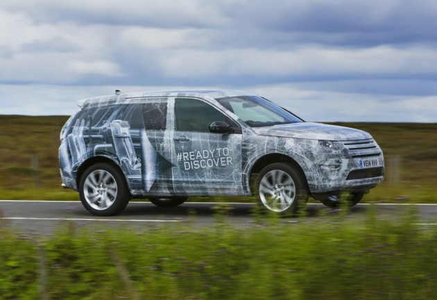 2015 Land Rover Discovery Sport prototype-driving