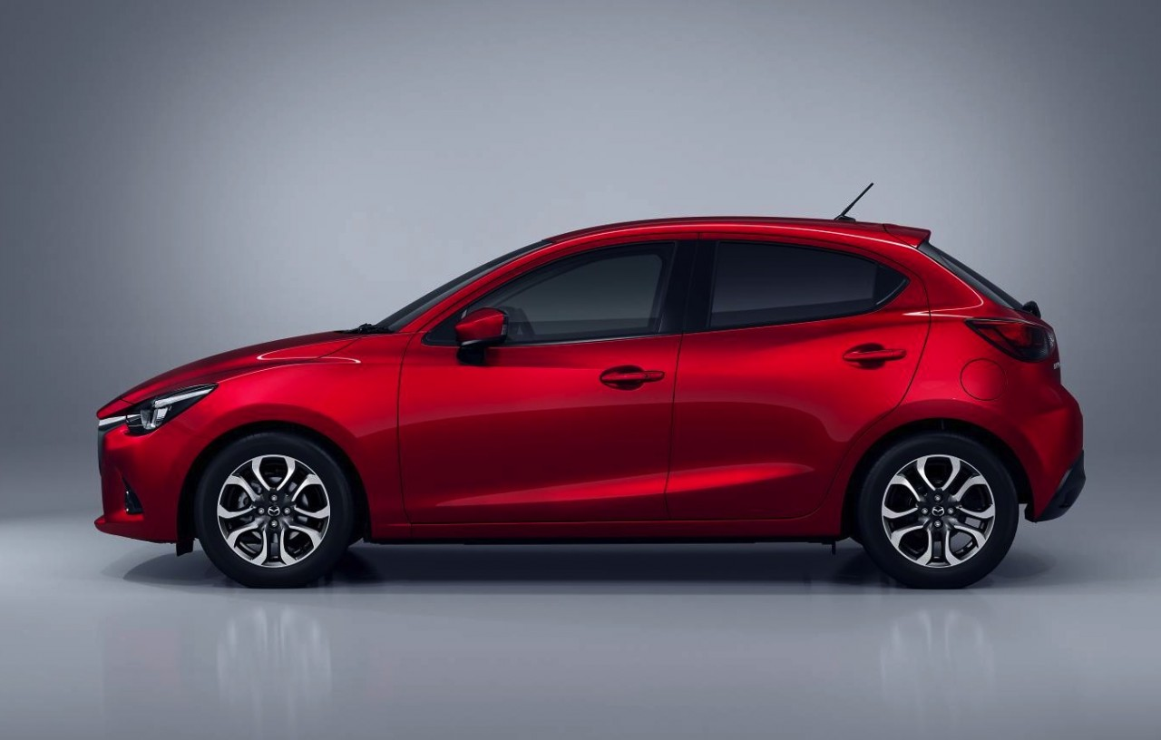 2015 mazda2 revealed update performancedrive. Black Bedroom Furniture Sets. Home Design Ideas
