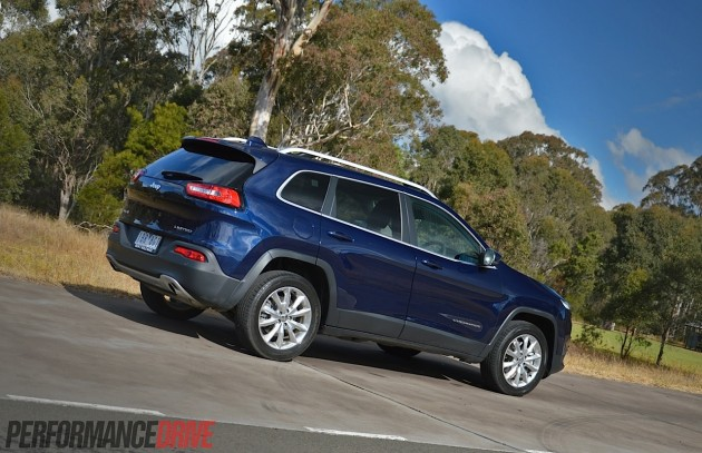 2014 Jeep Cherokee Limited-rear