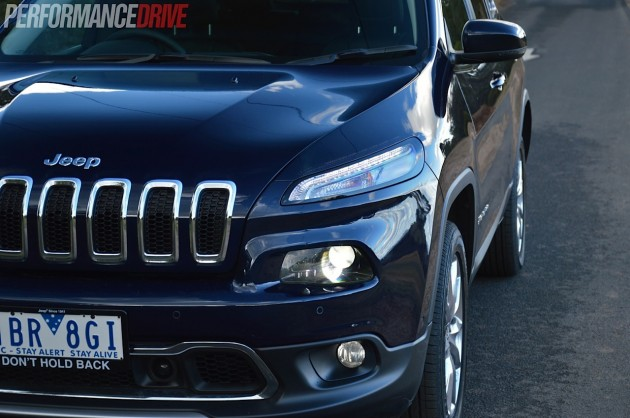 2014 Jeep Cherokee-headlights