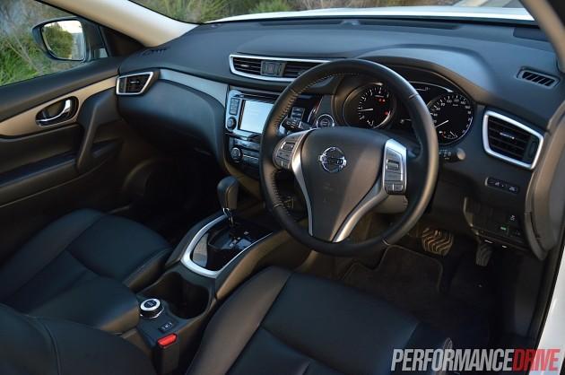 2014 Nissan X-Trail ST-L-interior