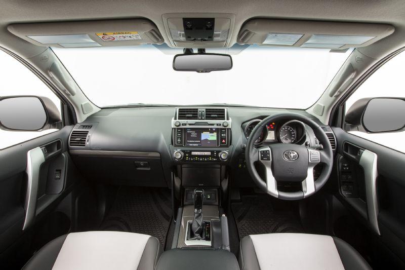 2014 Toyota Prado Altitude Interior