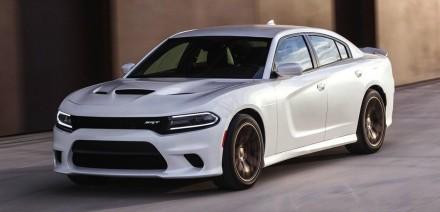 2015 Dodge Charger SRT Hellcat-driving-white