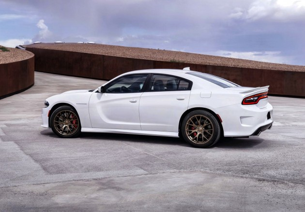 2015 Dodge Charger SRT Hellcat-rear wing