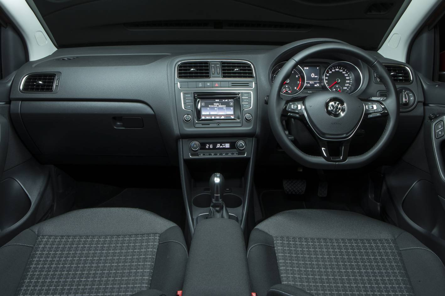 vw polo sedan 2015 car interior design. Black Bedroom Furniture Sets. Home Design Ideas