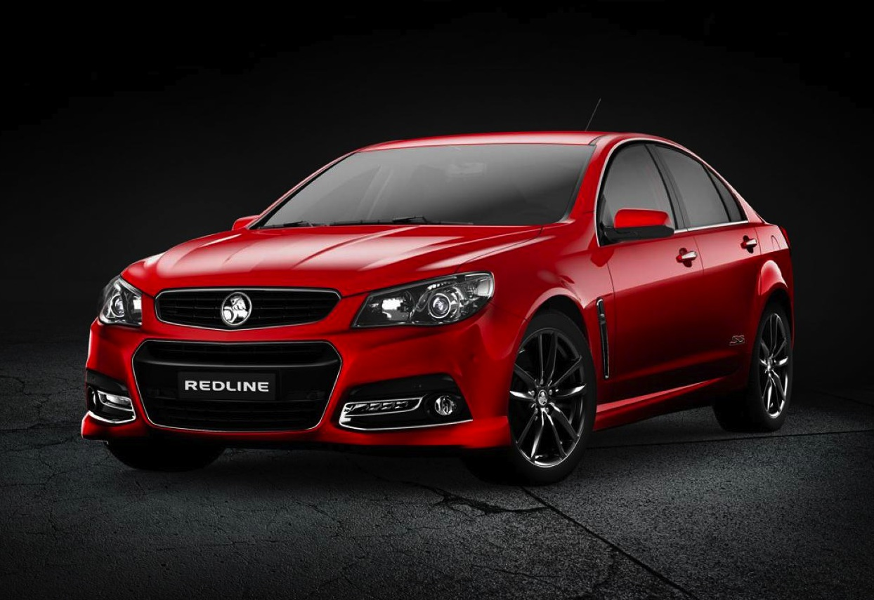Top 10 reasons to buy a holden vf commodore performancedrive holden vf commodore ss v redline vanachro Gallery