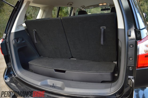 2014 Isuzu MU-X LS-M-minimum cargo space