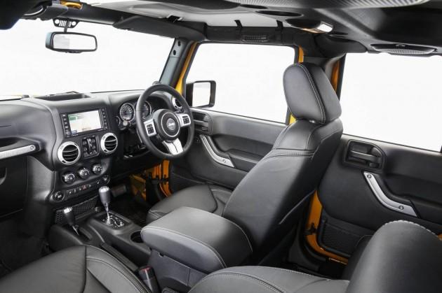 2014 Jeep Wrangler Rubicon X-interior