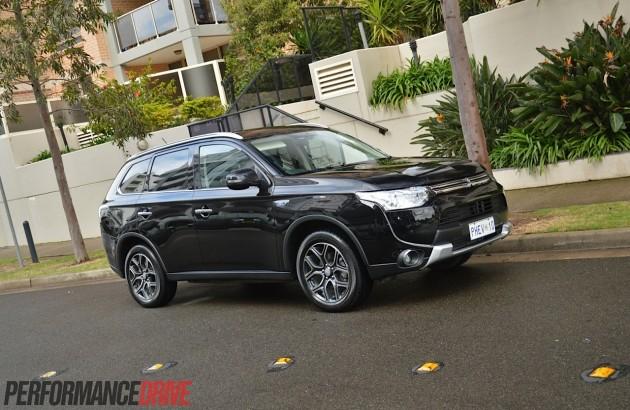2014 Mitsubishi Outlander PHEV Aspire