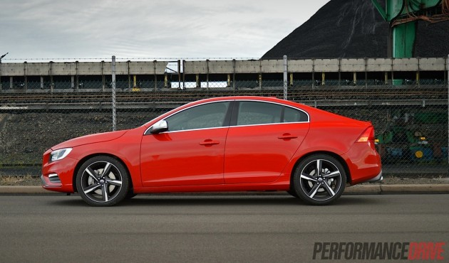 2014 Volvo S60 T6 R-Design-Passion Red