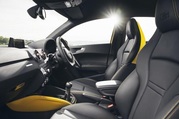 2015 Audi S1 Sportback quattro front seats
