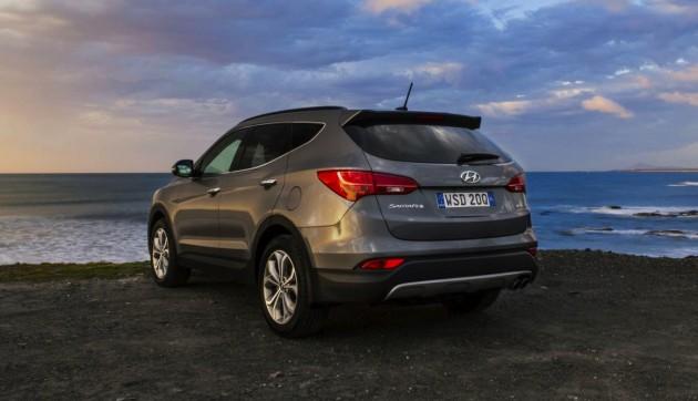 2015 Hyundai Santa Fe-rear