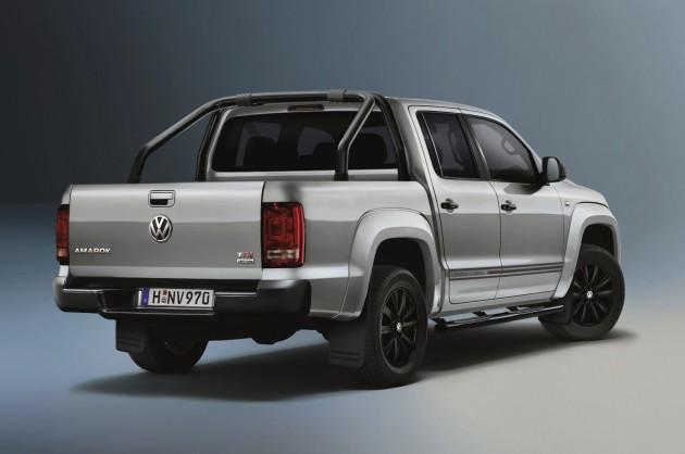 2015 Volkswagen Amarok Dark Label rear