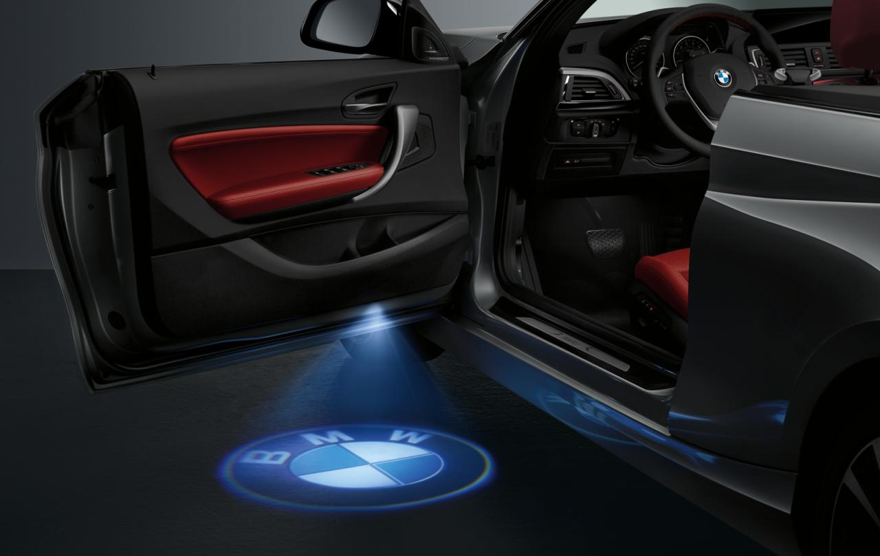 BMW 2 Series convertible LED door projection & BMW 2 Series Convertible gets optional LED logo projector ...