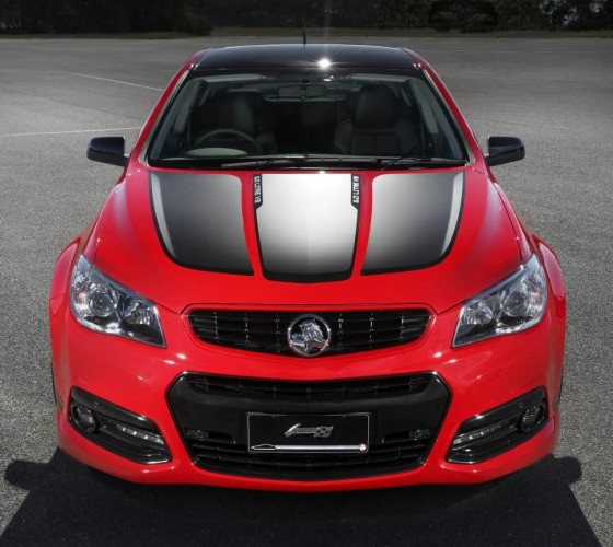 Craig Lowndes Holden Commodore Special Edition-bonnet