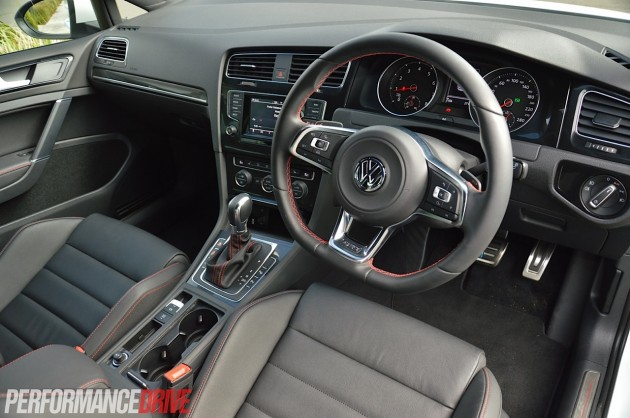 2014 VW Golf GTI Performance-interior