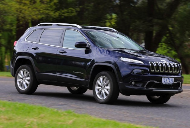 2015 Jeep Cherokee Limited Diesel on road