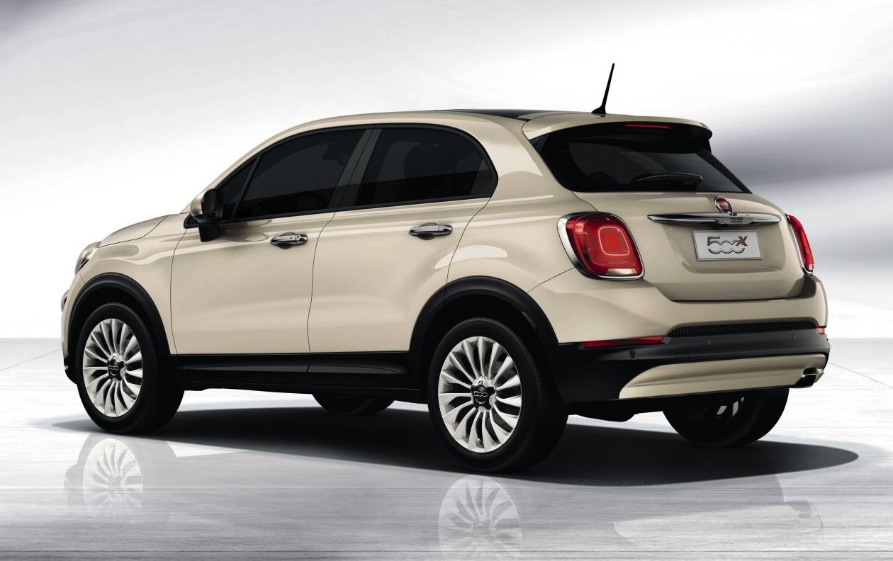 fiat 500x unveiled at 2014 paris motor show performancedrive. Black Bedroom Furniture Sets. Home Design Ideas