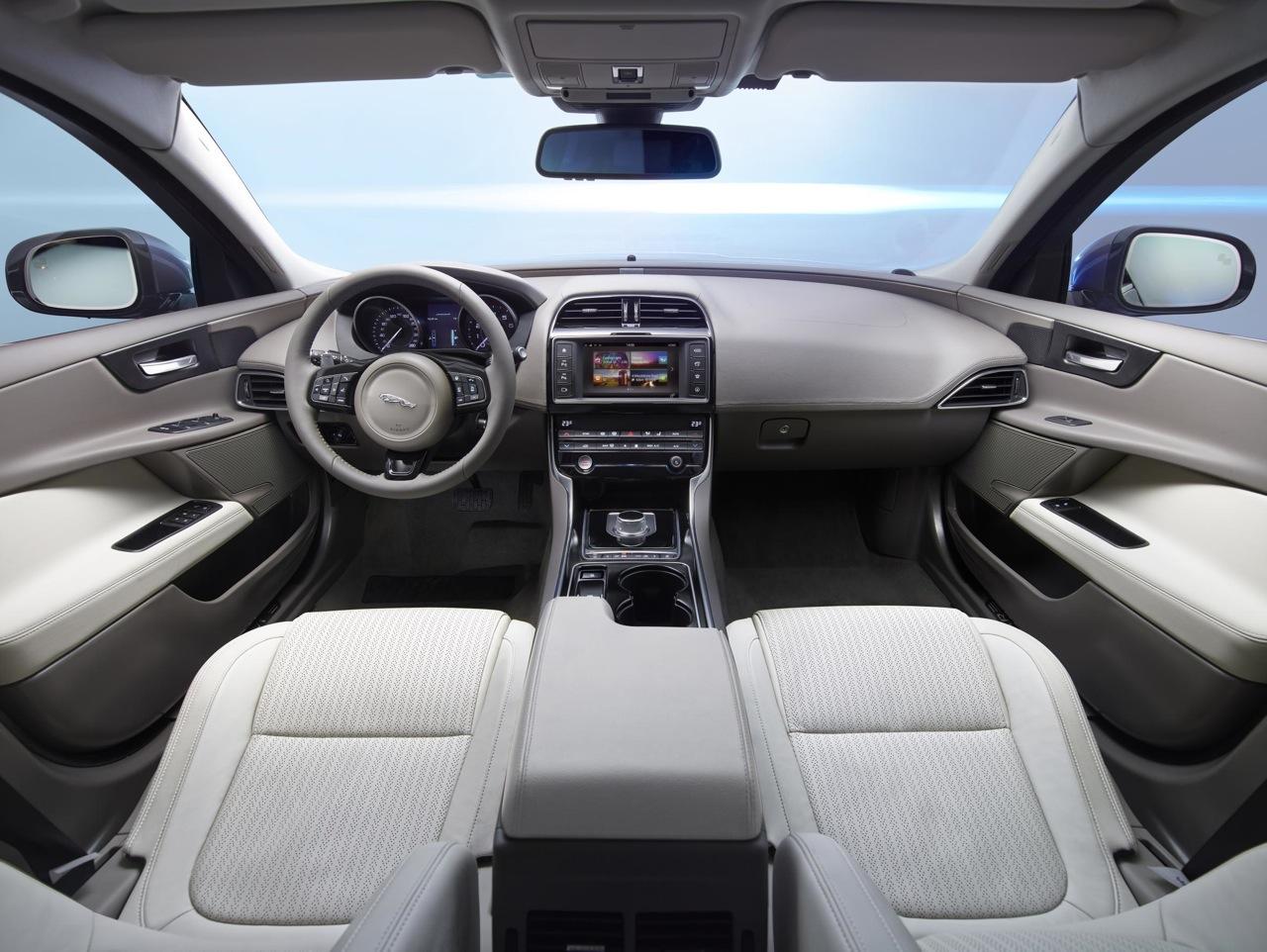jaguar xe portfolio interior