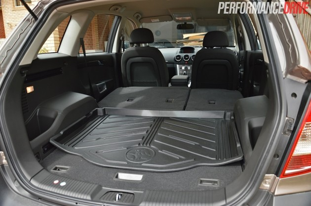 2014 Holden Captiva 5 LT-max cargo space