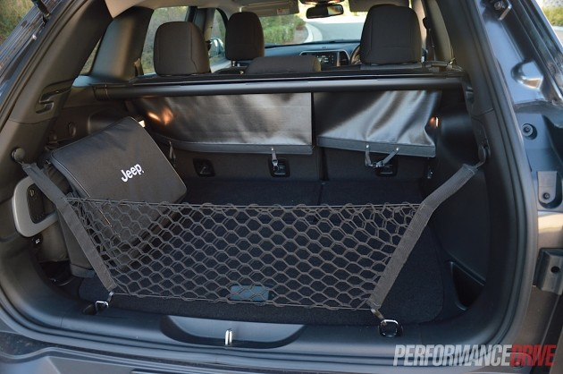 2014 Jeep Cherokee Sport-cargo space