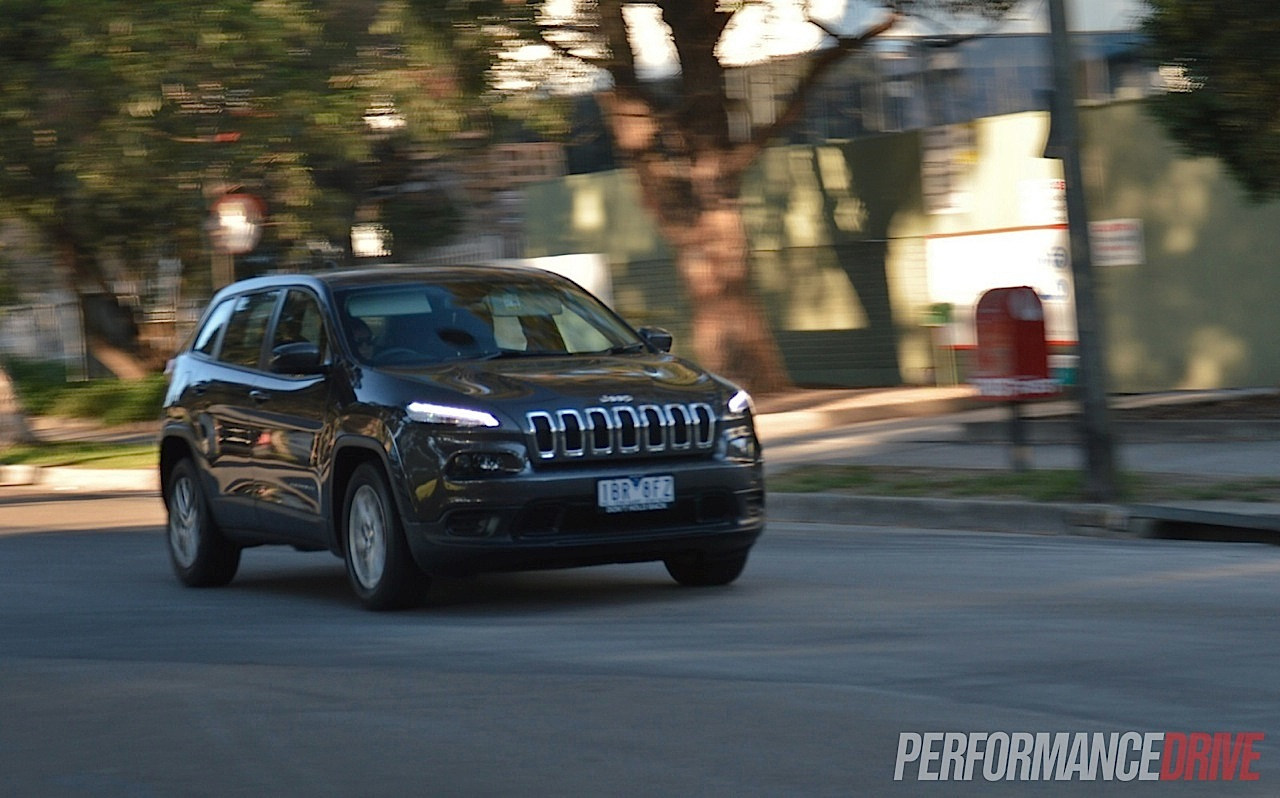 2014 jeep cherokee sport granite crystal grey 2014 jeep cherokee sport. Cars Review. Best American Auto & Cars Review