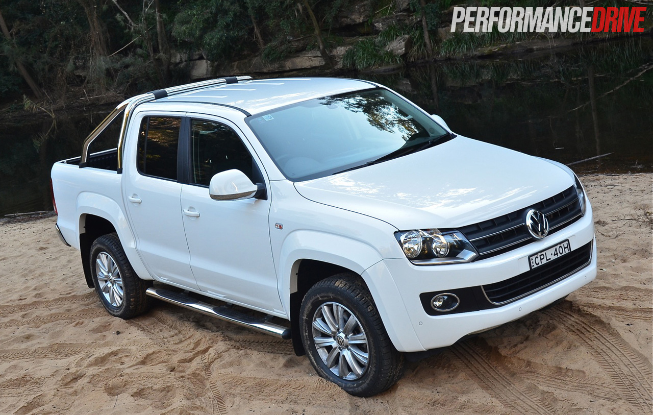 2014 volkswagen amarok highline tdi420 video performancedrive. Black Bedroom Furniture Sets. Home Design Ideas