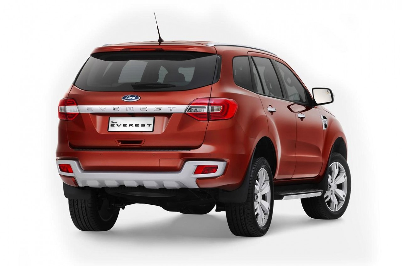 2015 ford everest revealed to be best 7 seat suv on sale. Black Bedroom Furniture Sets. Home Design Ideas