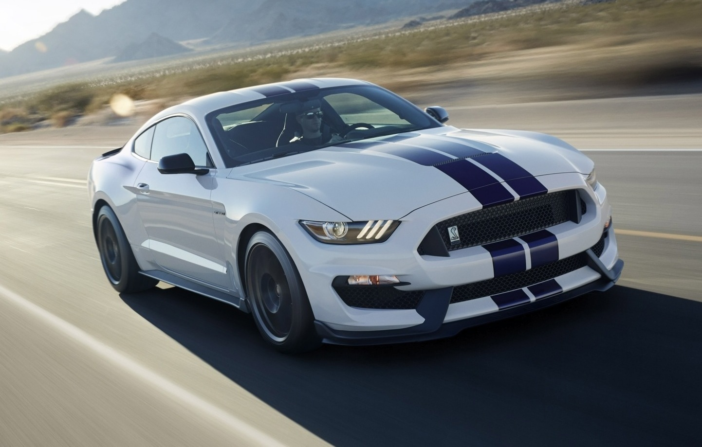 2015 ford shelby gt350 revealed most powerful na ford. Black Bedroom Furniture Sets. Home Design Ideas