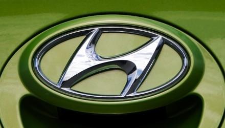 Hyundai badge