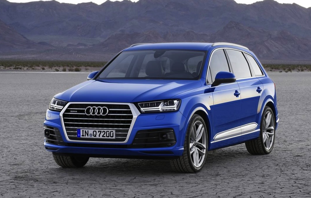 2015 audi q7 officially unveiled 275kw e tron hybrid flagship performancedrive. Black Bedroom Furniture Sets. Home Design Ideas