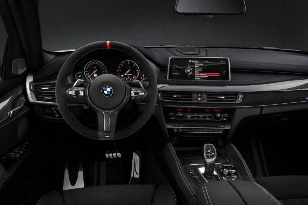 2015 BMW X6 M Performance-steering wheel