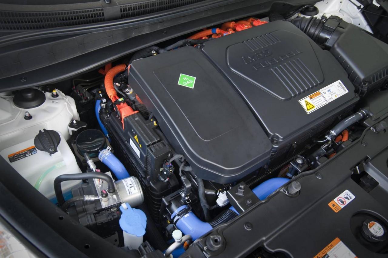 hyundai ix35 fuel cell becomes first hydrogen car in australia performancedrive. Black Bedroom Furniture Sets. Home Design Ideas