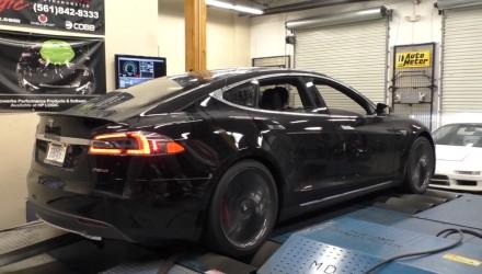 Tesla Model S P85D on dyno