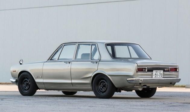 1970 PGC10 Nissan Skyline 2000 GT-R-rear
