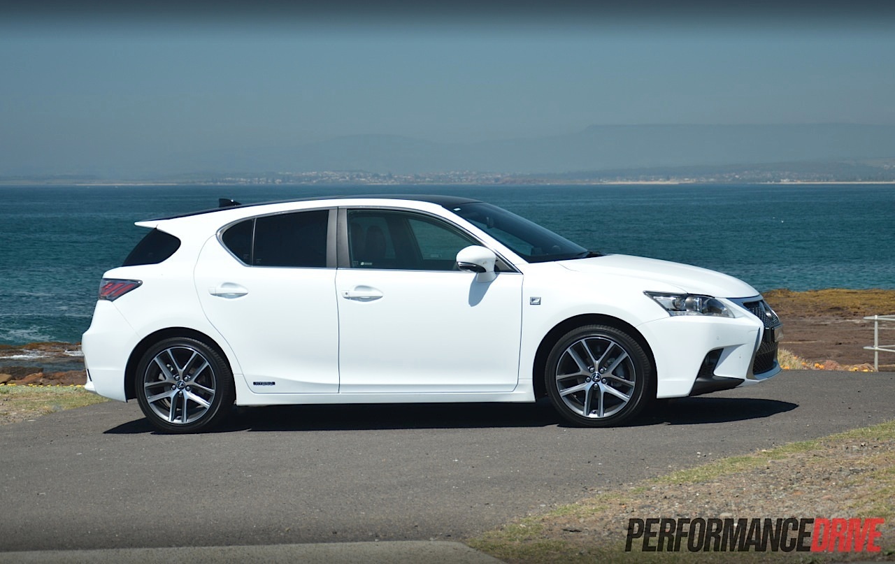 lexus ct 200h f sport review video performancedrive. Black Bedroom Furniture Sets. Home Design Ideas