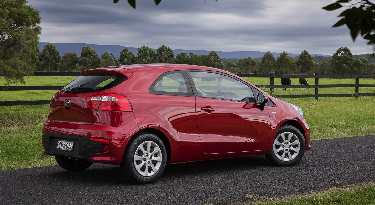 2015 kia rio lineup revised on sale in australia from 15 990 performancedrive. Black Bedroom Furniture Sets. Home Design Ideas