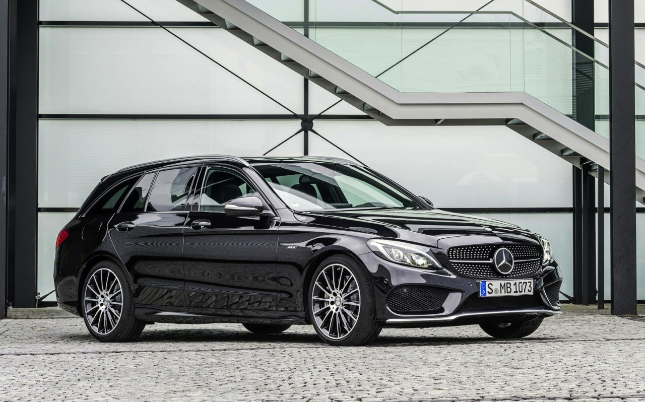 Mercedes benz c 450 amg sport revealed at detroit show for Mercedes benz sport wagon