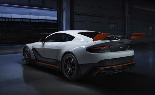 2015 Aston Martin Vantage GT3-rear