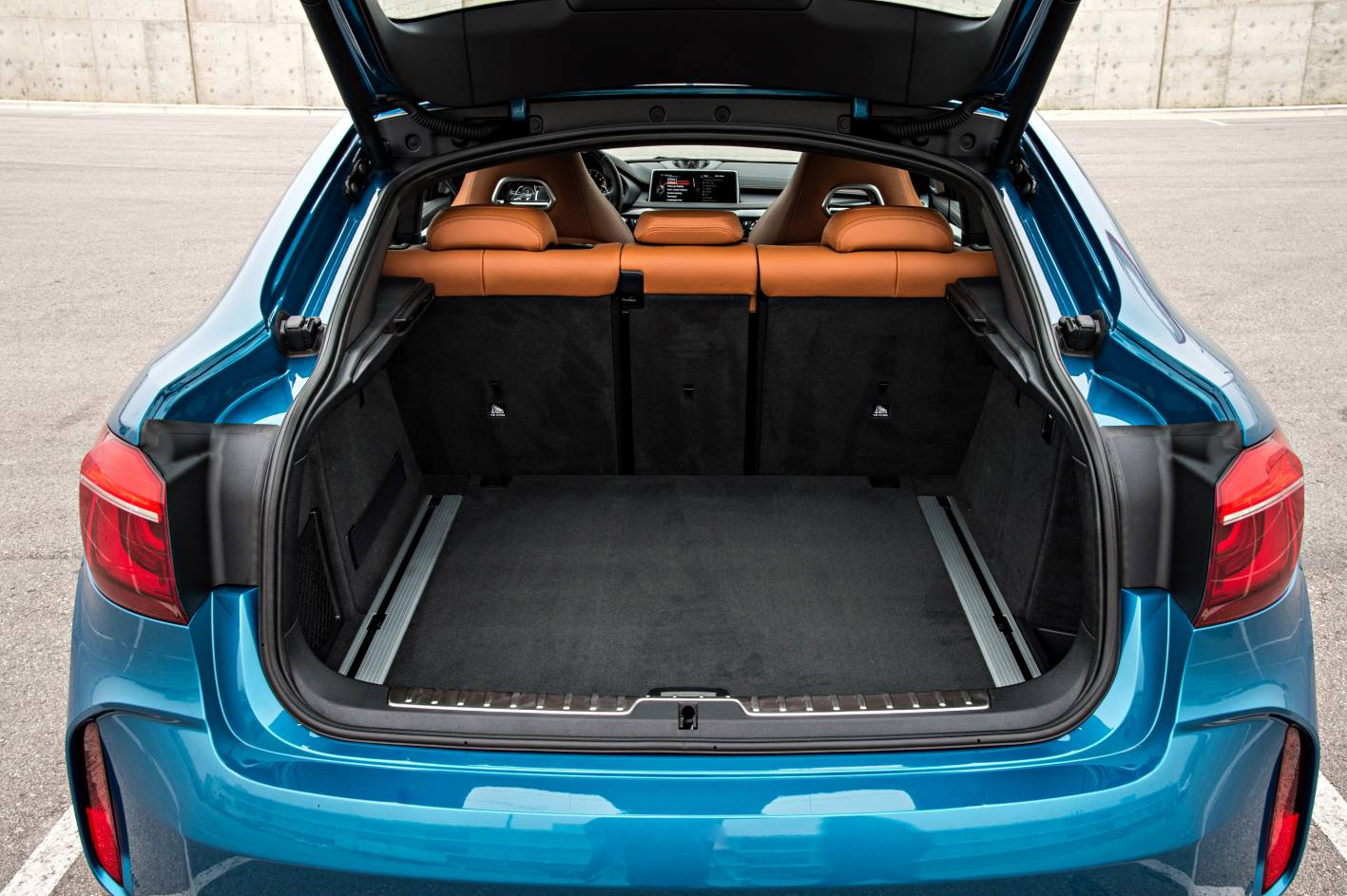 2015 bmw x5 m x6 m on sale in australia from 185 900. Black Bedroom Furniture Sets. Home Design Ideas