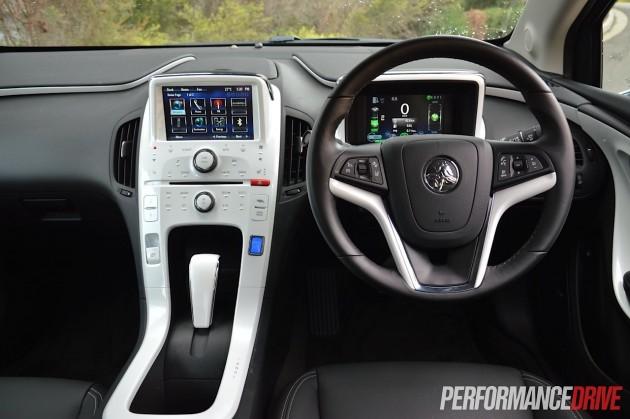 2015 Holden Volt-dash