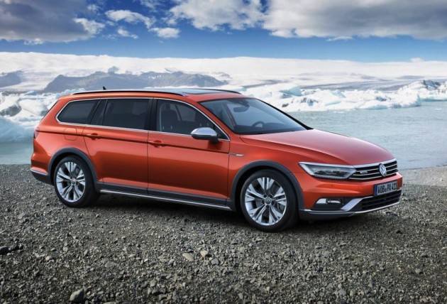 2015 Volkswagen Passat Alltrack-orange