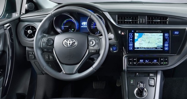 2016 Toyota Corolla hatch-interior