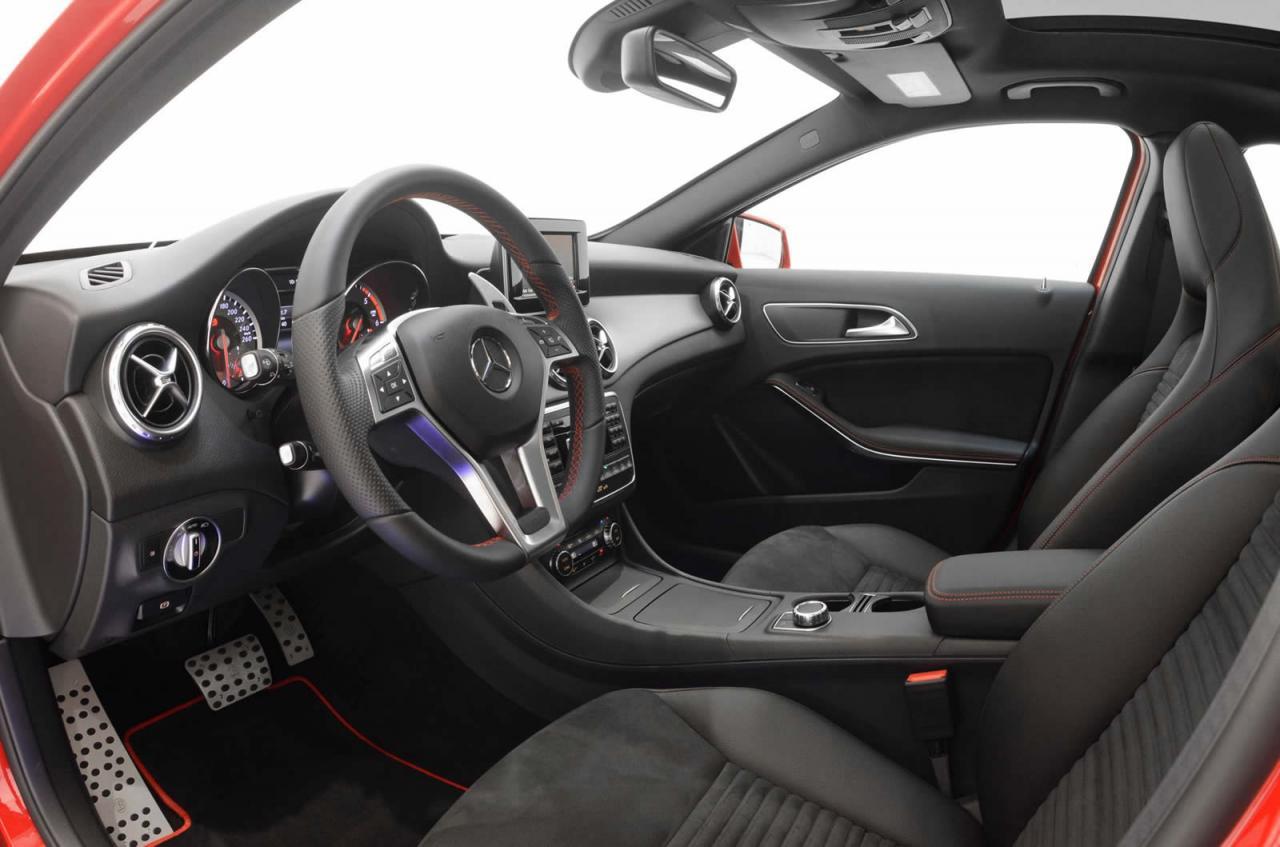 Brabus Mercedes-Benz GLA 220 CDI interior |