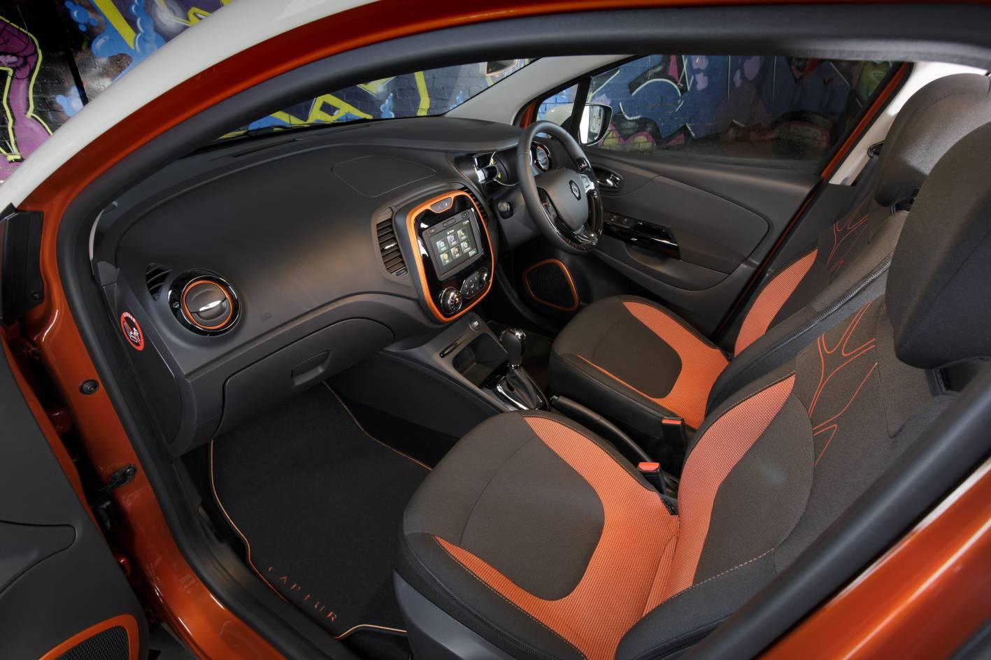 Renault captur now on sale in australia from 22 990 for Interior renault captur
